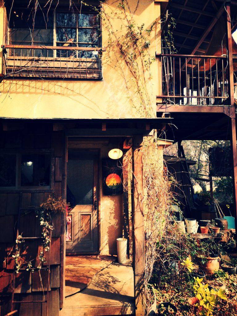 カフェ oniwa 入口