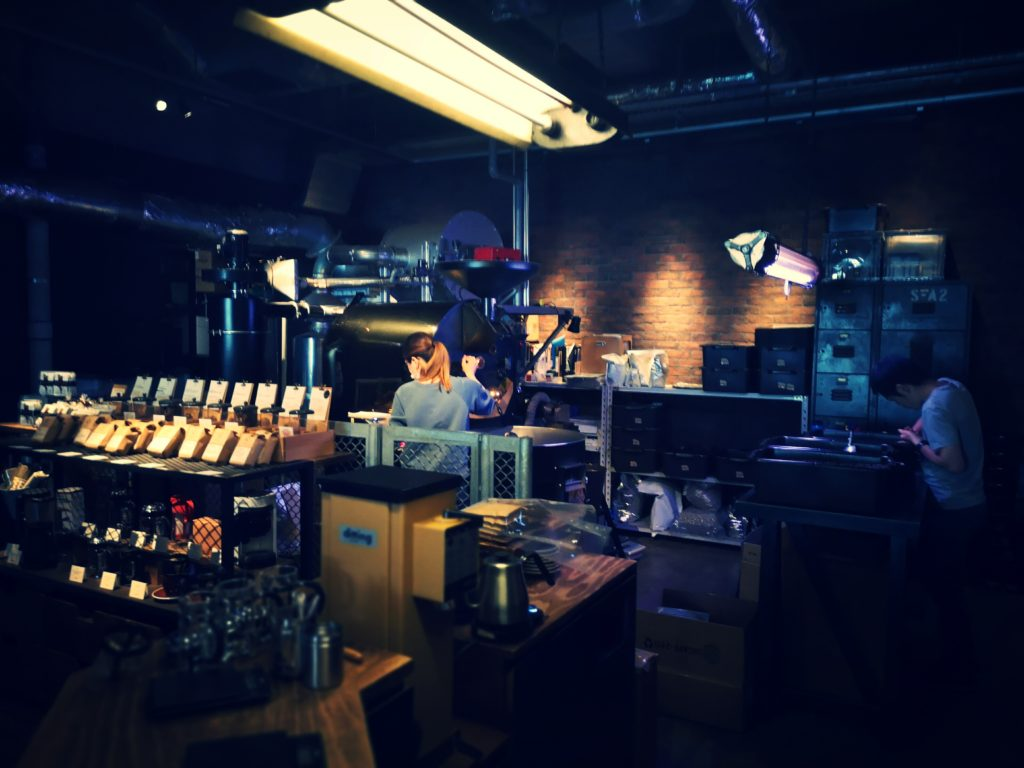 THE ROASTERY by NOZY COFFEE 内観