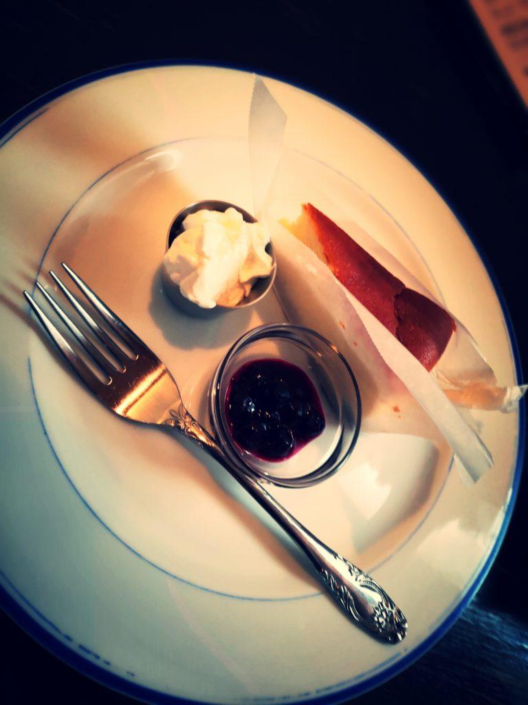 グライナリーズ コーヒースタンド チーズケーキ